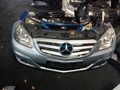 Mercedes Benz B170/B200 Nosecut