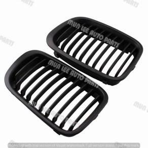 New Oem Grill Mattle Black 3 Series BMW E46 02Y