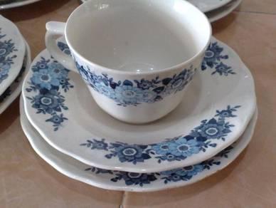 Cawan piring oriental ceramics tea set antik