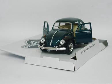 1967 Volkswagen Classical beetle model car - green