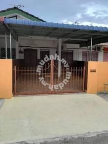 Pengkalan House For Sale - Homestay
