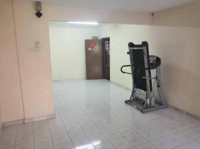 Damansara Damai / Vista Shop Apartment / Good Invest / RENTAL 700