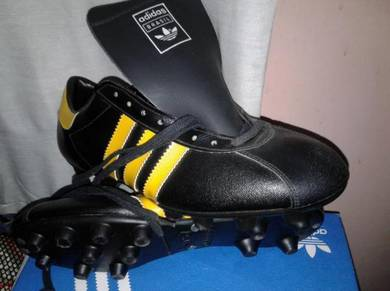 Vintage made in france adidas boots