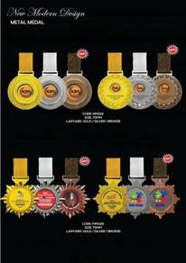 Medal Sukan Plastik / Medal Besi