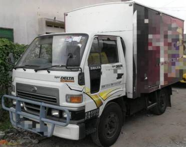 2009/10 DAIHATSU V58 1 ton BOX VAN GREEN ENJINE