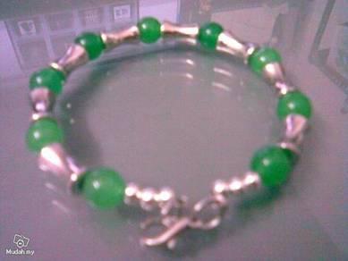 ABBSM-G001 Silver Metal Green Beads Bracelet