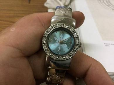 Unbranded lady watch