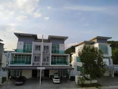 FULLY FURNISHED   3 Storey Semi-D Clover Garden Residence Cyberjaya KL