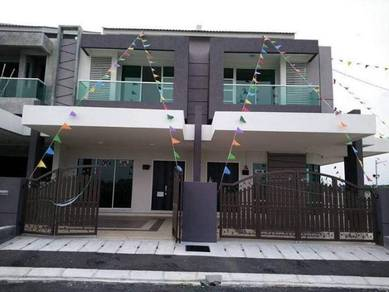Rumah Besar Harga Murah 24 x 85 Free All Legal Fees Near Aeon Puchong