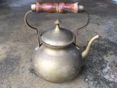 Antique Copper Kettle WY Cerek Tembaga