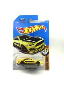Hotwheels 2017 Ford Shelby GT350R #2 Yellow