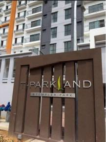 Facing Lake Partially Furnished T Parkland Condo, Templer Park