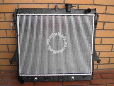 Hummer H3 Radiator new with installation