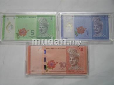 Banknotes capsule