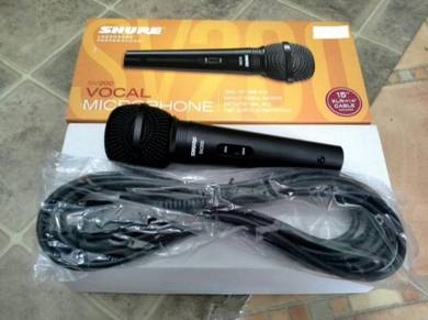 Shure Vocal Microphones with Cable (SV200)