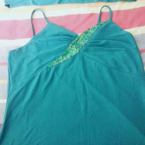 Green sleeveless blouse with little jacket