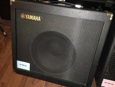 Yamaha guitar amp ( open unit)