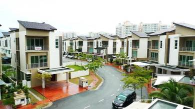 3-storey Bungalow 4500sf at Bay Garden near Queensbay