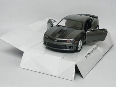 2014 Chevrolet Camaro diecast model - Grey
