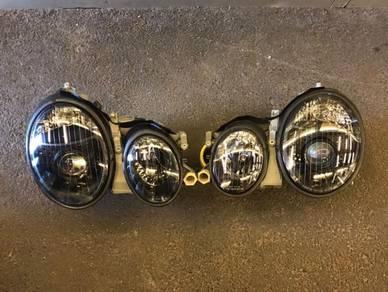 Mercedes benz w208 CLK head lamp
