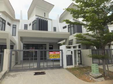 Laman Glenmarie 24x80 Superlink Double Storey Spacious Built up 2800sf