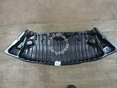 Mercedes W204 Front Engine Cover Undercarriage