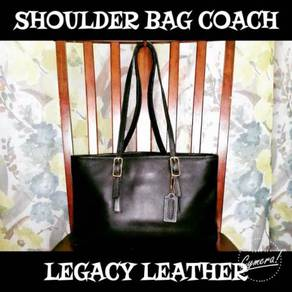 Shoulder Bag Leather Coach Legacy