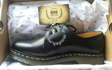 Dr Martens 3 Eye Black Original