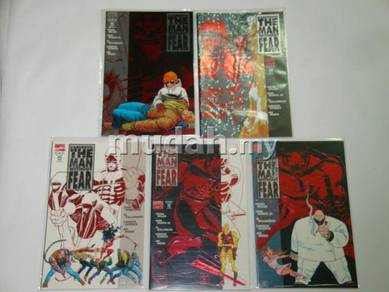 DAREDEVIL Man Without Fear set by Frank Miller