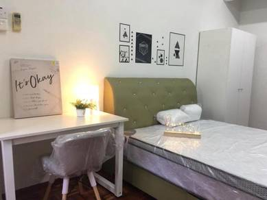 Taman Pelangi Nice and cheap Room for rent