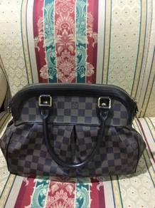 Authentic LV Trevi PM Handbag