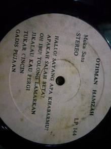 Piring Hitam LP Melayu Othman Hamzah