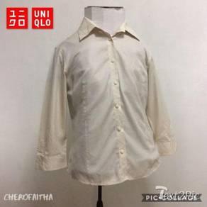 Baju Uniqlo non iron plus button down lady shirt
