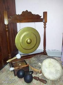 Peralatan Muzik Dikir Barat