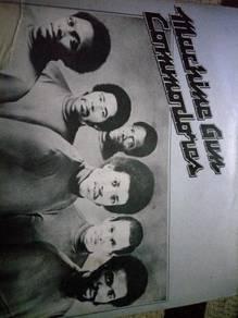 Piring Hitam LP Commodores Lionel Richie