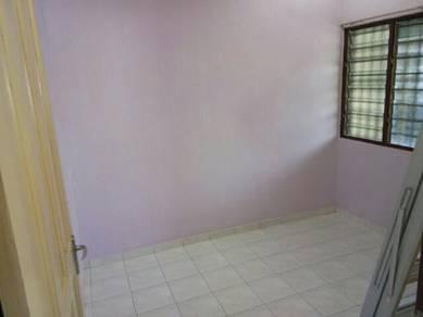 Single storey house. room rental