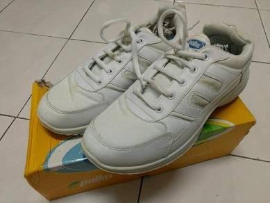 Pallas Jazz White shoes (School Shoes)