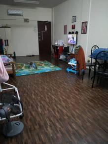 Booking 2k apartment Court 1 2f Puchong utama