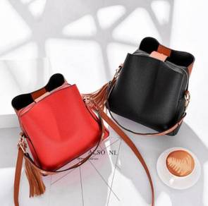 Tassel Decoration Shoulder Bucket Bag WBZGW 31200