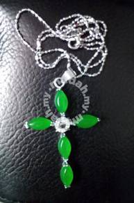 ABPSM-C021 Crucifix Cross Green Jade Crys Necklace
