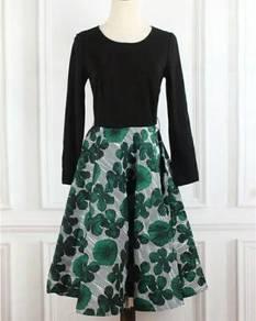 Black long sleeve green a line midi dress elegant