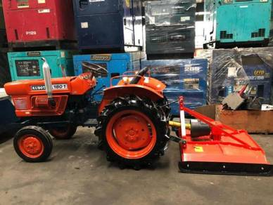 Kubota L1801 Tractor c/w new grass cutter Japan
