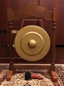 Gong dan Stand Dikir Barat