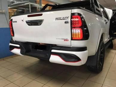 Toyota hilux revo rear skirtting bodykit