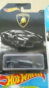 HotWheels Lamborghini Aventador Black