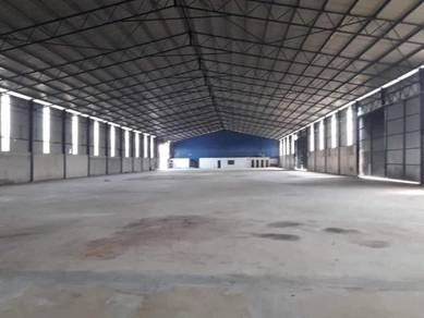 Industrial Warehouse Land Size 4 acres Jenjarom For Rent