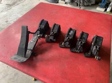 Honda fd2r & fn2r throttle body pedal