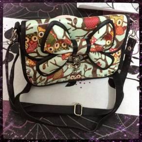 Unique Owl Ribbon Ribbon Sling Bag