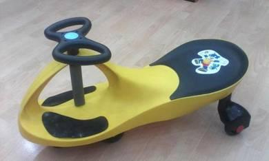 Yoyo car for kids twist car yellow Offer=)