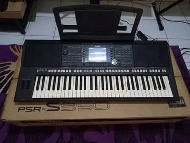 Yamaha Psr S950 Arranger Keyboard